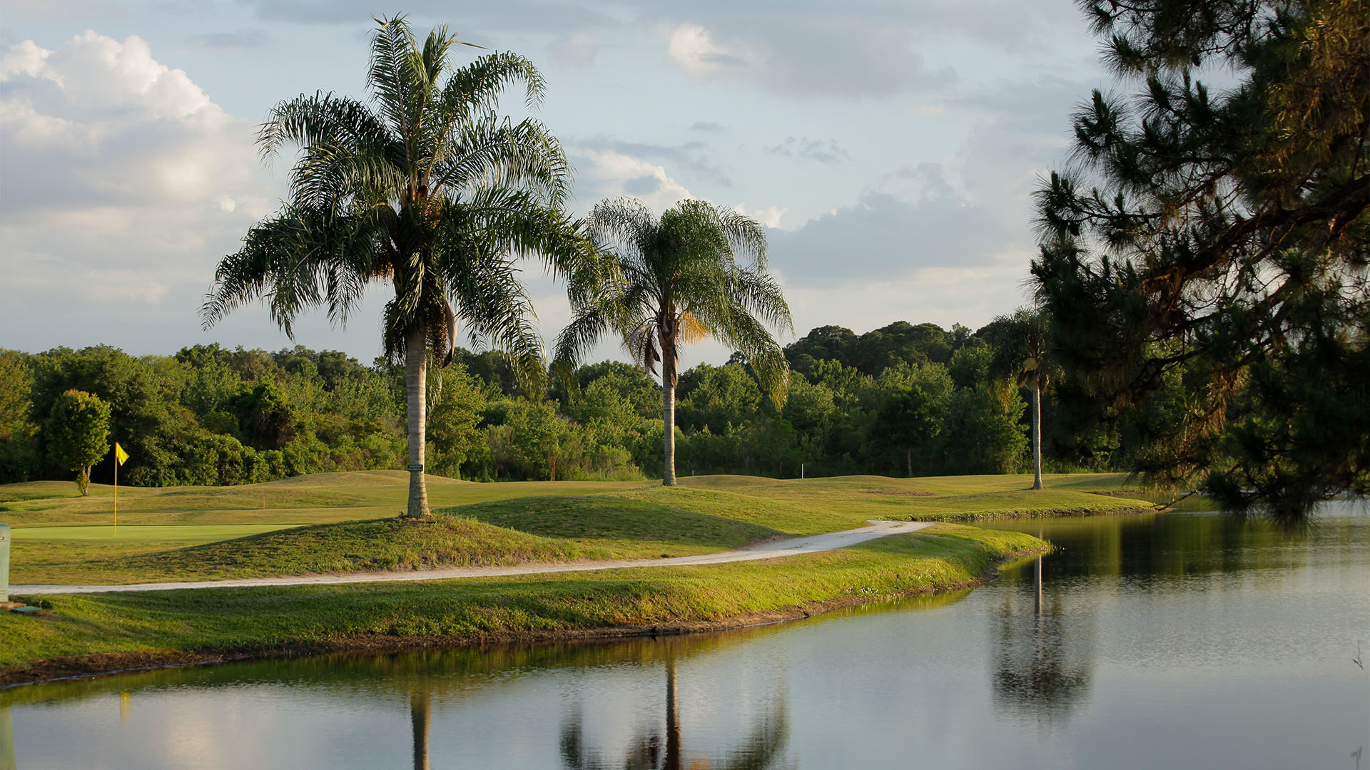 The clerbrook golf course winding through orlando terrain